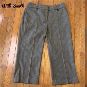 Cute dressy Willi Smith capris!! Size 8!